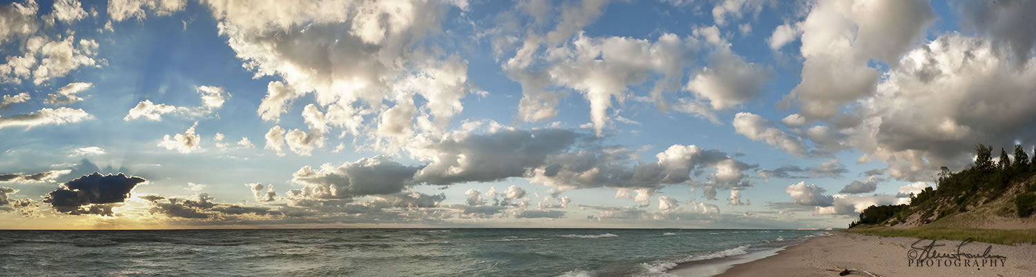BD092-Lake-Michigan-Beach Clouds