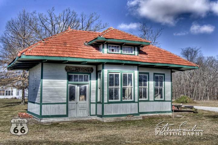 027-Railroad-Depot-McLean-IL1.jpg