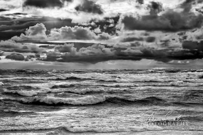 BD101-Lake-Michigan_Waves-1.jpg