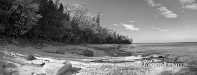BD109-Lake-Superior-Beach-pano-grey.jpg