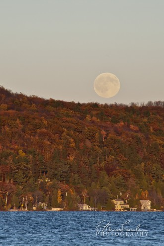 CL120-Crystal-Lake-North-Shore-Moonrise.jpg