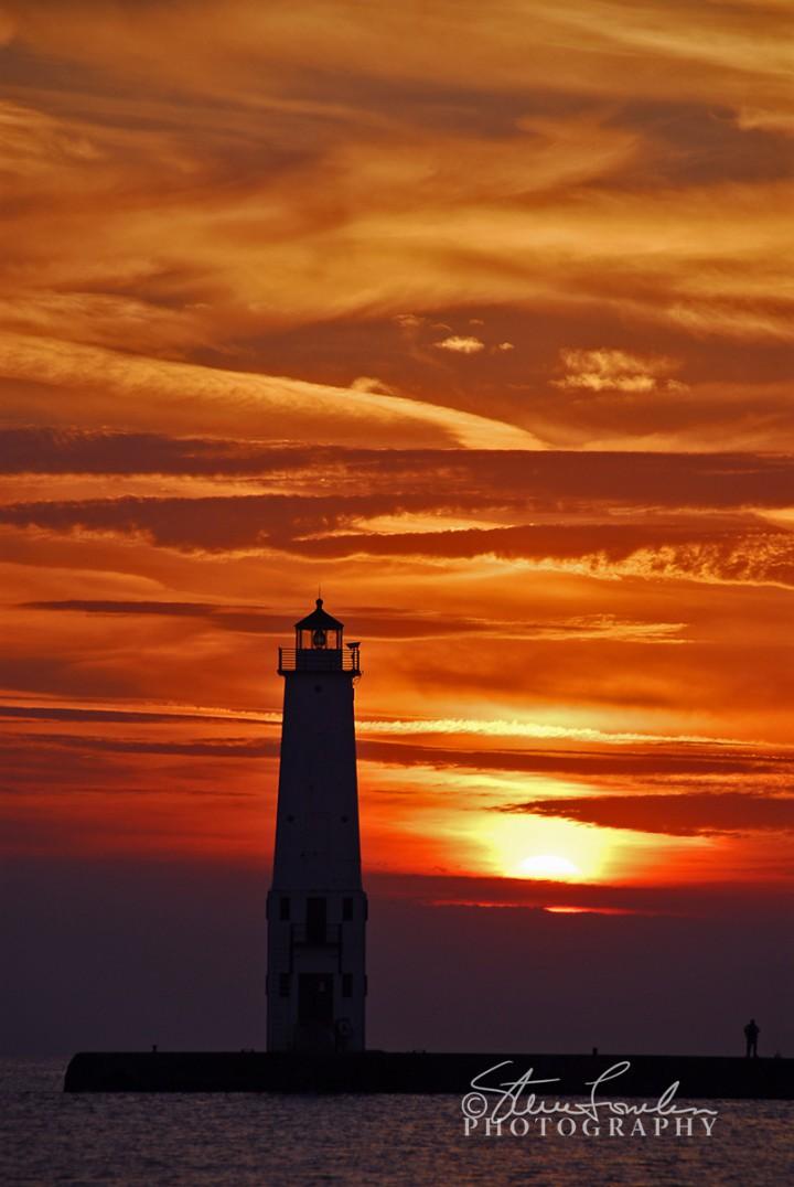 FkLt044Frankfort-Lite-Sunset-10-03-06-1.jpg