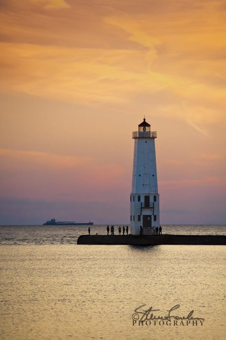 FkLt085-Fkft-Light-Sunset-Fishermen-3.jpg