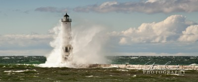 FkLt097-Frankfort-Light-Big-Wave-1-31.jpg