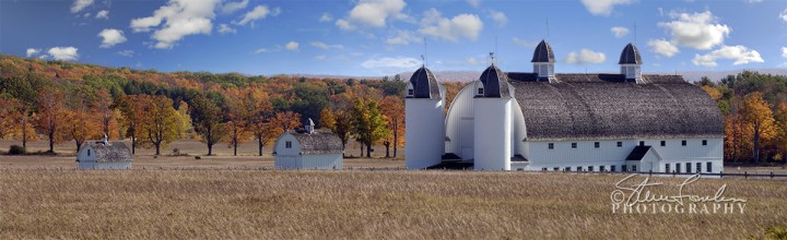 MSC045-D-H-Day-Barns-Autumn1.jpg