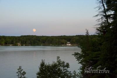 SUN098-Moonrise-Over-Lower-Herring-Lake.jpg