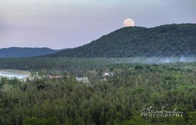 SUN121-Moonrise-June-2012.jpg