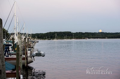 SUN148-Betsie-Bay-Moonrise-2.jpg