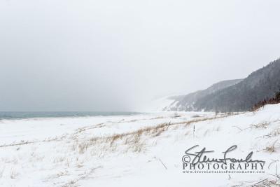 BD273-Aral-Beach-Snowstorm-
