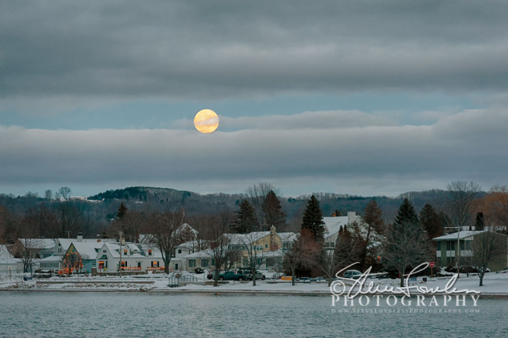 CL154-December-Moonrise-Over-Beulah-1