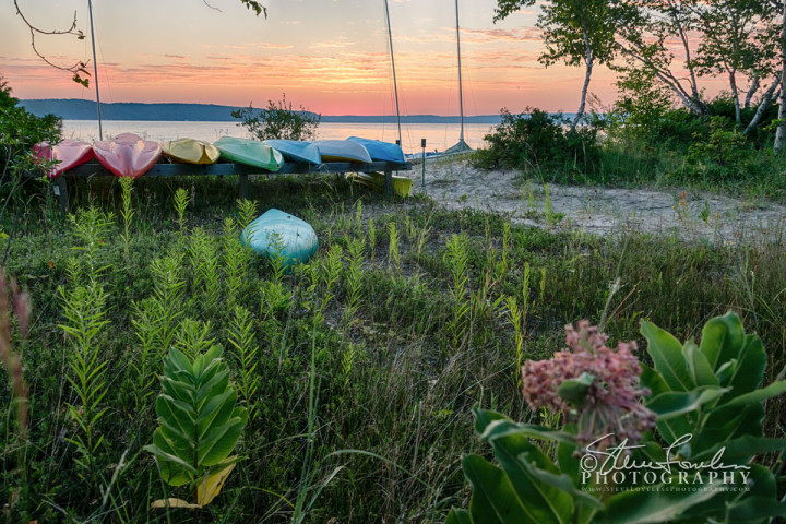 CL224-CSA-Kayak-Sunrise