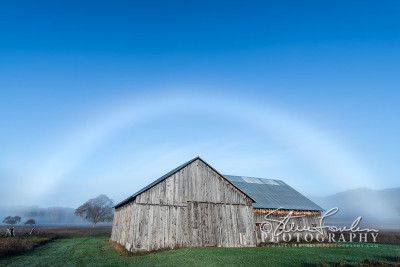 MSC373-Fogbow-Over-Barn